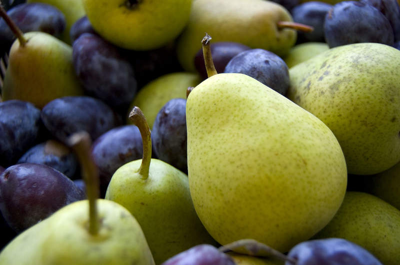 Prunes-and-pear4freeph