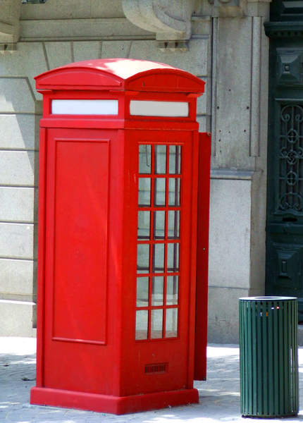 Red-phone-booth14644fr